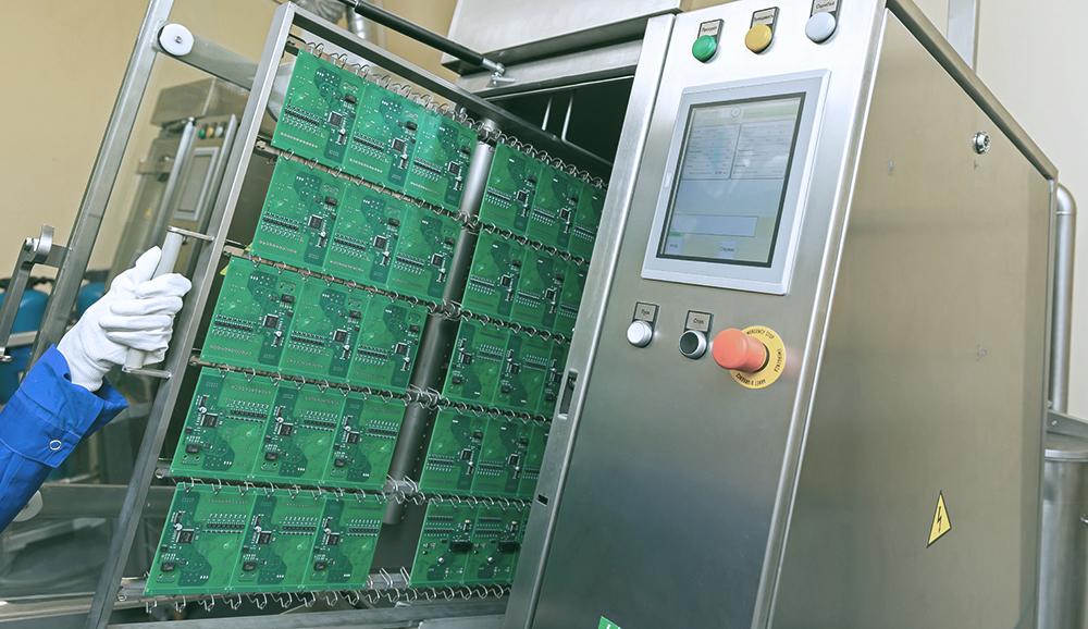 Отмывка печатных узлов печатных плат